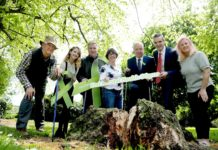 Pictured Left to Right: Charlie Burke (Coillte – Recreation), Shauna O' Connor (See Change), Gerard Murphy (Coillte M.D.), Caroline Farrell (IFA), Minister Jim Daly, (Minister Of State at the Department Of Health, Joe Healy (IFA President) and Jill O' Herlihy (Mental Health Ireland)