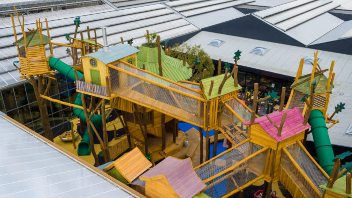 Outdoor and indoor playground Intratuin Duiven