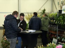 GrootGroenPlus, pictured people at the trade fair