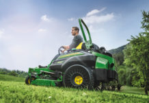 New-John-Deere-Z994R-with-Michelin-X-Tweels