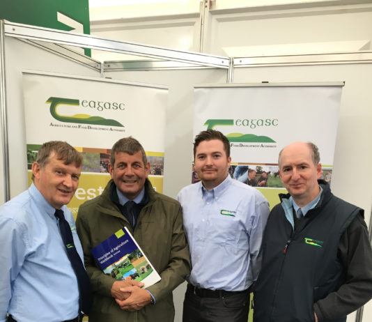 At the National Ploughing Championships today, Friday 21 September, Minister of State at the Department of Agriculture, Food & the Marine, Andrew Doyle TD launched a new Forestry Module in the Teagasc Certificate in Agriculture programme. This module, along with other forestry course components, will be delivered by newly-appointed Teagasc Forestry Liaison Officer, Richard Walsh. Pictured discussing the new forestry module were: Paul Hennessy, Principal Teagasc Kildalton Agriculture and Horticulture college; Andrew Doyle TD, Minister of State at the Department of Agriculture, Food & the Marine; Richard Walsh, Teagasc Forestry Liaison Officer; and Noel Kennedy, Teagasc Forestry Department.