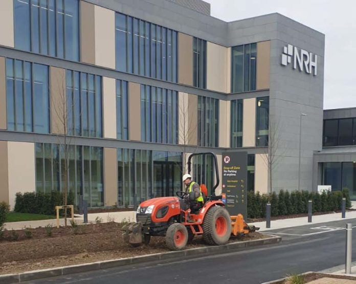 Working safely at the National Rehab Hospital Landscape workers have the advantage of being able to work outdoors and alone.