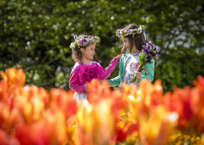 Bloom 2021 Launch Alyssa & Alanna Keeley